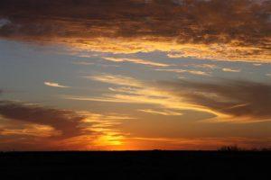 A typical Parachilna sunset.
