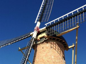 With a sail length of 24.6 metres, this is one of the largest traditional windmills ever built in Australia, and the only one producing flour.
