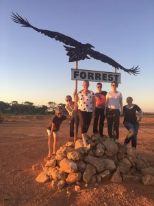 Big sky country out here ... we met up with a squadron of AWPA girls all enroute to our 2018 Perth conference.