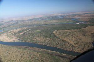 Leaving Kununurra, tracking up the meandering Ord River northwards.