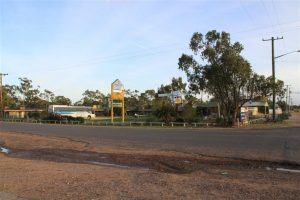 It was actually a decent motel, the Lightning Ridge Outback Resort. OK, so