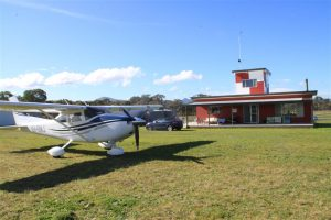 Curtis Aviation's beautiful C182 looking very much at home outside Rylstone's social headquarters.