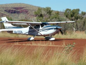 Privately owned C182 on the Pilbara safari with us