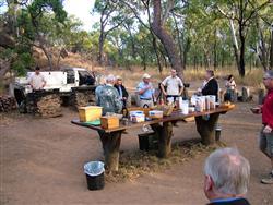 Campfire breakfast, Undara style