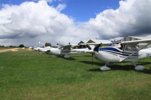 Kyneton Airfield - home for the weekend for Curtis Aviation's C182 LJE and four aircraft from WardAir at Bathurst.